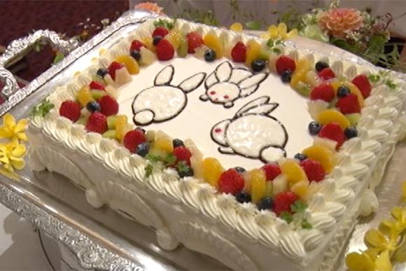 かわいいウェディングケーキ