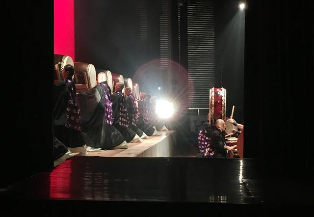山形第一号仏教青年会コンサート太鼓舞台袖