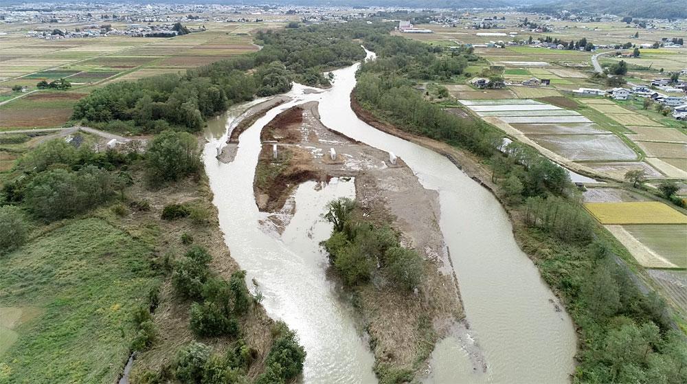 ドローンでの撮影した米沢市を流れる鬼面川